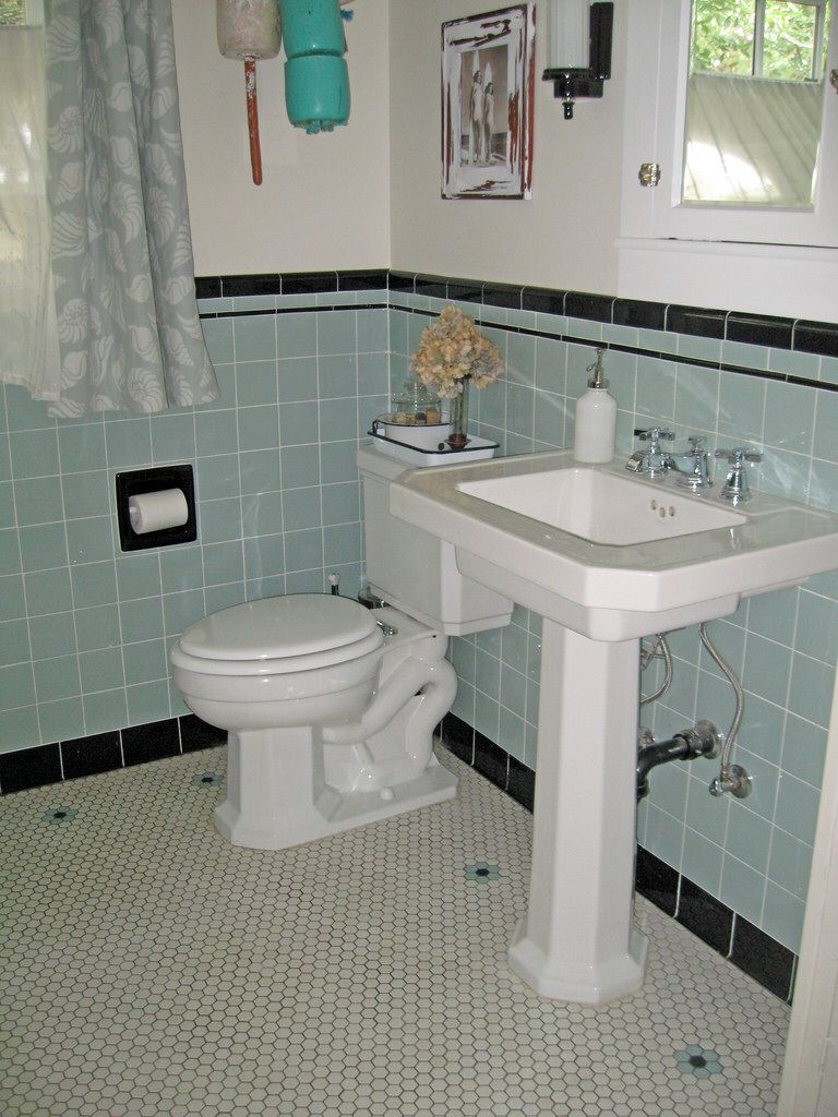 1946 yellow and grey tile bathroom - 215 Best Vintage Style Bathrooms Images On Pinterest 1920s At Home And Bath