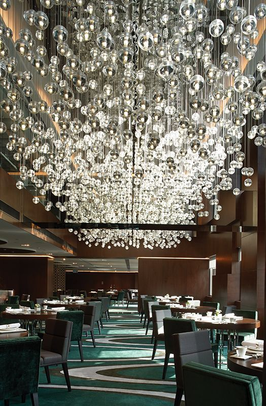 Modern retro crystal chandeliers restaurant the mira hong kong