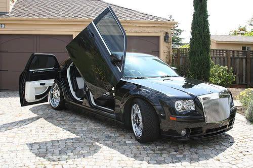 Chrysler 300C - 1/25 - AMT/ERTL 91cf3fcfbb3412e1e85b28a49bb4e595