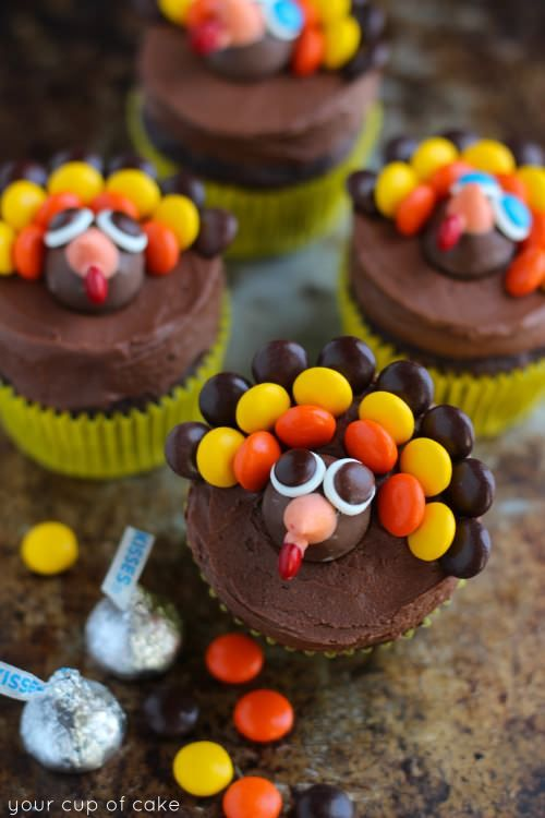Best Thanksgiving Table Images On Pinterest Pumpkins - 8 simple diy food centerpieces for thanksgiving to try